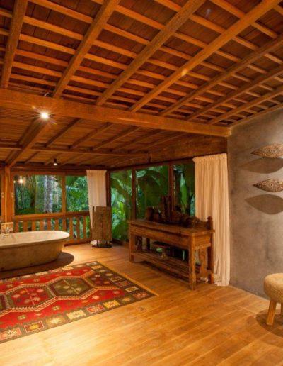 8-10-nagshampa-mainpool-bathsuite1