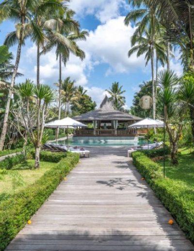 nag shampa-gallery-32-pathway-to-swimming-pool